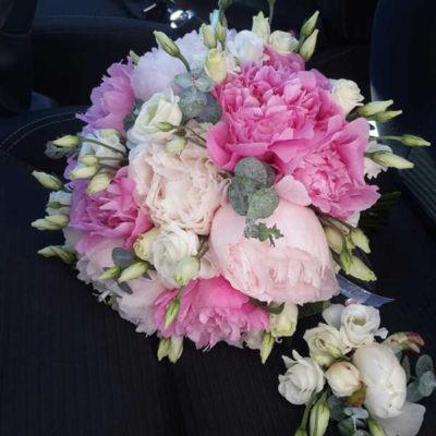 Букет нареченої Піонове весілля