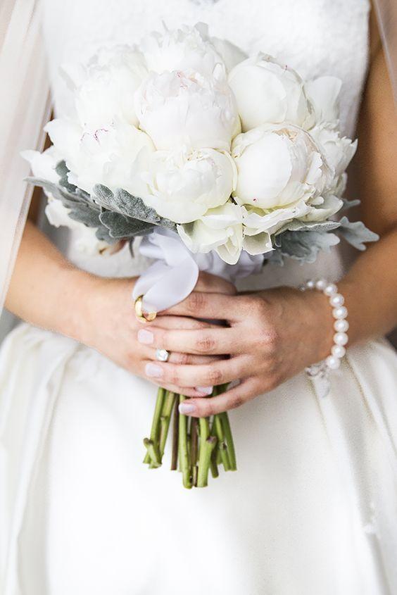 Піони у весільній флористиці